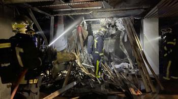 El fuego se originó en un edificio de siete plantas ubicado en la calle Millán