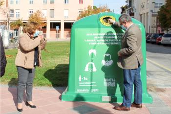 Recicla un kilo de vidrio y dona un euro a la lucha contra el cáncer