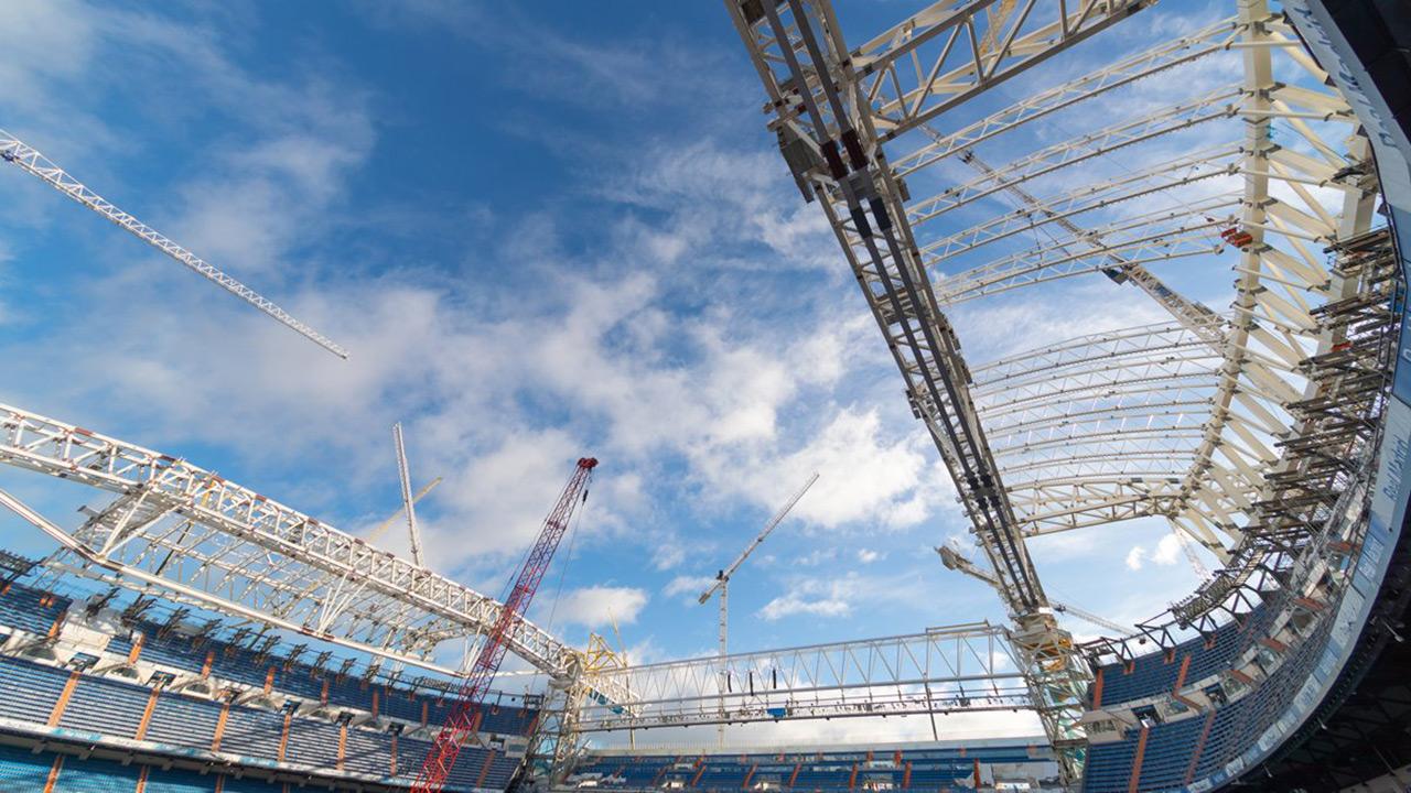 En el vídeo se puede ver cómo se construye el nuevo estadio a cámara rápida
