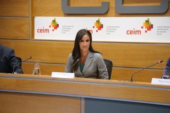 La vicealcaldesa ha presentado la línea municipal de ayudas a la contratación a los asociados de la patronal de empresarios madrileña