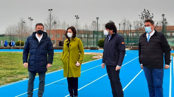 La CAM invierte en el deporte de Humanes de Madrid
