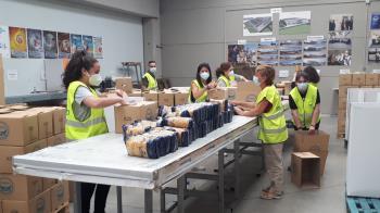 Desde sus almacenes, se sigue distribuyendo una media de dos millones de kilos mensuales de alimentos