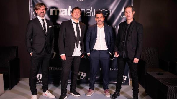 Su disco 'Posmodernia', producido por Guille Mostaza, se encuentra seleccionado entre los mejores álbumes de rock de todo el mundo
