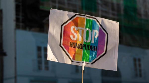 Opinión de Carlos Ruiz sobre las agresiones homófobas
