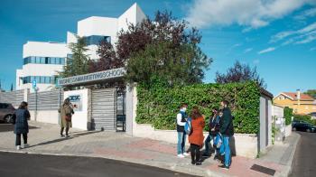 Gracias a los convenios de colaboración establecidos los estudiantes pueden solicitar ayudas en las universidades Francisco de Vitoria y ESIC,entre otras