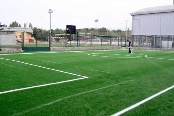 Boadilla del Monte aprovecha para mejorar los campos de fútbol del Ángel Nieto