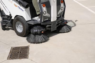 Lee toda la noticia 'Boadilla inicia su limpieza especial de verano'