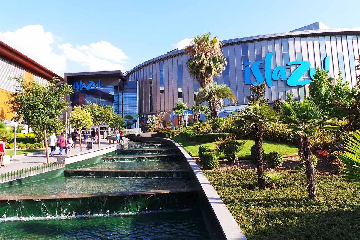 Hasta el 30 de agosto, el centro comercial ofrece distintos bonos por solo 10,90 euros