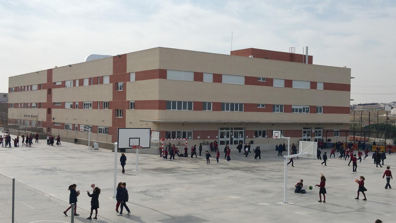 La plaza ofrecida es para un docente en secundaria hasta final del curso