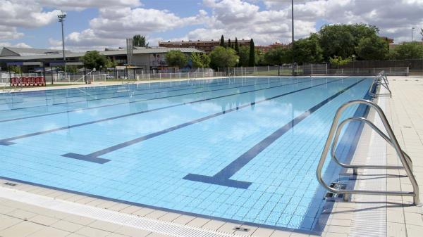 ¿Buscas trabajo para este verano? ¡Arganda quiere personal para sus piscinas!