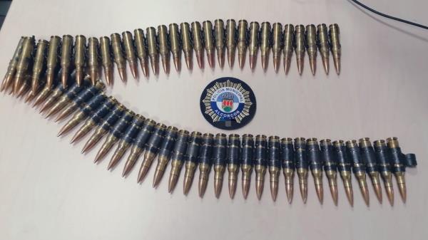Los agentes anunciaron en su cuenta de la red social haber requisado un cinturón de balas