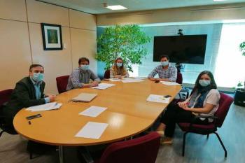 Este es el primer encuentro de la ronda de contactos que mantendrá Ayala con los grupos municipales
