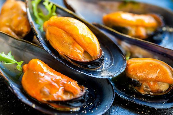 Los platos estrella de comida española en verano
