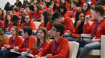 El Programa Becas Europa celebra su XVI edición en remoto