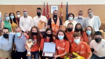 El Club de Fútbol Sala Femenino del municipio recibió un homenaje por parte del Ayuntamiento