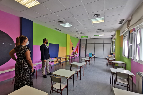 Estos espacios se ubican en los propios centros o en instalaciones municipales