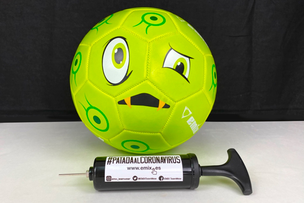 La empresa Emix ha creado un balón con el que recaudará fondos para la causa