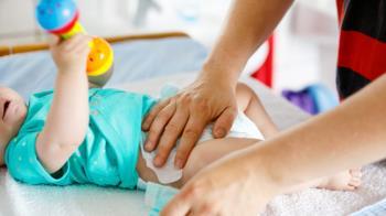 """Una familia tuvo que """"apañárselas"""" para poder cuidar a su hijo con autismo en un colegio de la ciudad"""