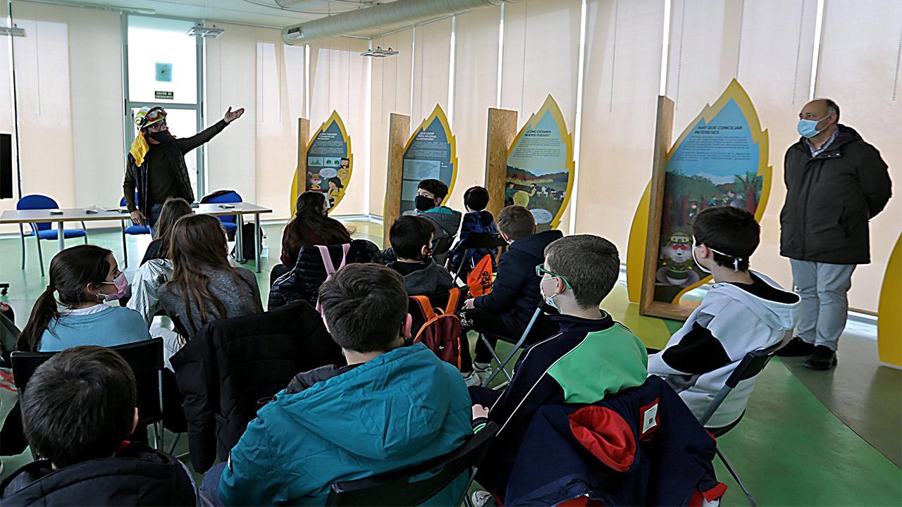 '50 años de conocimiento y prevención de incendios forestales' disponible en Coslada