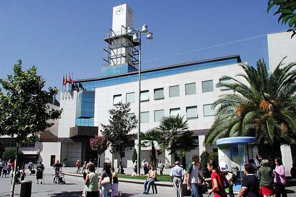 El Gobierno de Getafe acusa al ejecutivo regional de no abonar los menús a los niños y niñas más vulnerables