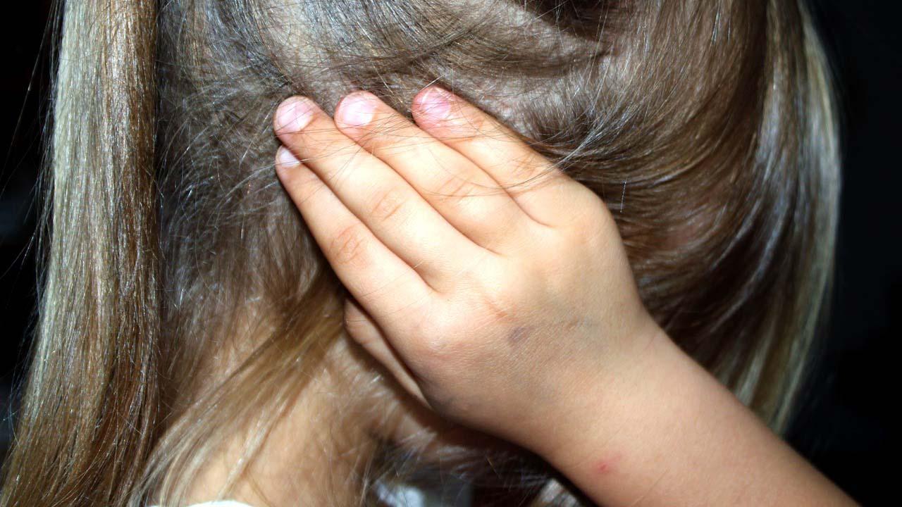 El arrestado, de nacionalidad inglesa, utilizaba su cargo para abusar de los menores