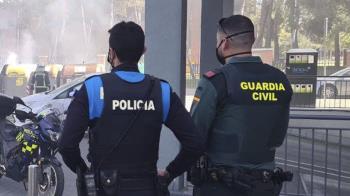 """Lee toda la noticia 'Detienen a un hombre en Pinto tras alterar el orden al grito de """"voy a violar a todas las mujeres""""'"""