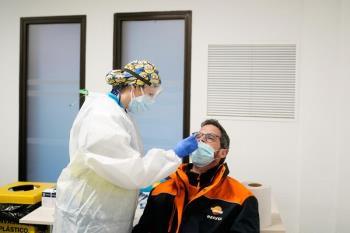 Diez sanitarios están realizando pruebas en las instalaciones de Mercamadrid, de lunes a viernes