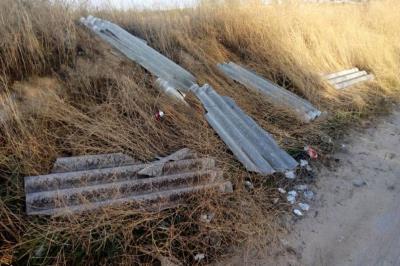 Lee toda la noticia 'Ecologistas en Acción denuncia los vertidos de amianto en Colada de Pozuelo'