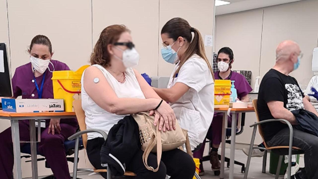 Efectivamente el Hospital de Fuenlabrada está vacunando sin cita previa