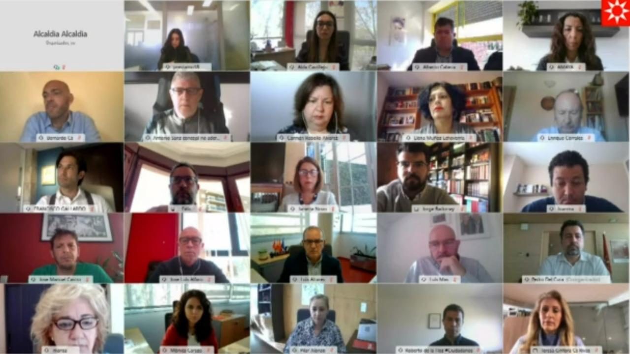 El pleno de marzo ha comenzado aprobando una declaración institucional del Consejo de Mujeres de Rivas Vaciamadrid con motivo del Día de la Mujer Trabajadora