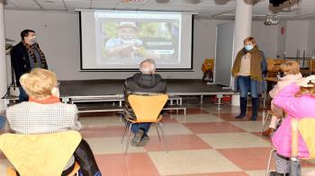 Está dirigido para mayores de 60 años que quieran desarrollar diferentes iniciativas sostenibles y de concienciación ecológica