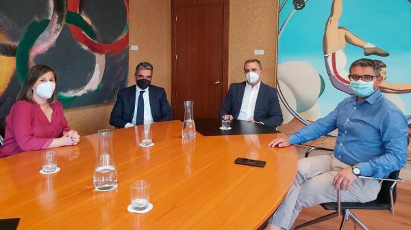 El alcalde de la ciudad y la concejala de Deportes se han reunido con el presidente del Consejo Superior de Deportes (CSD) y el director general de Deportes del CSD