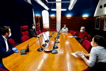 La alcaldesa, Susana Pérez Quislant, ha mantenido un encuentro con representantes