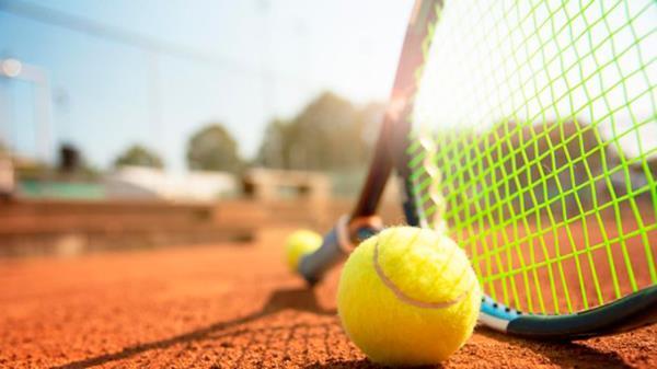 El Ayuntamiento de Villaviciosa de Odón ofrece clases de tenis para el verano