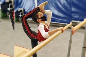 El gimnasta benjamín consiguió un oro y una plata en su primer nacional
