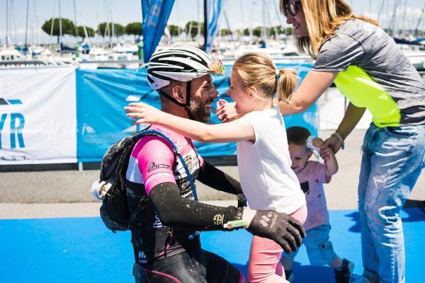El ciclista argandeño Damián Aragón comienza un nuevo reto para apoyar la investigación del Síndrome de Angelman