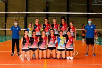 El club torrejonero vivió su primer partido de pretemporada ante el Voleibol Arroyo