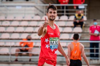 El atleta, bronce en los 110 metros vallas, representó a la Comunidad de Madrid