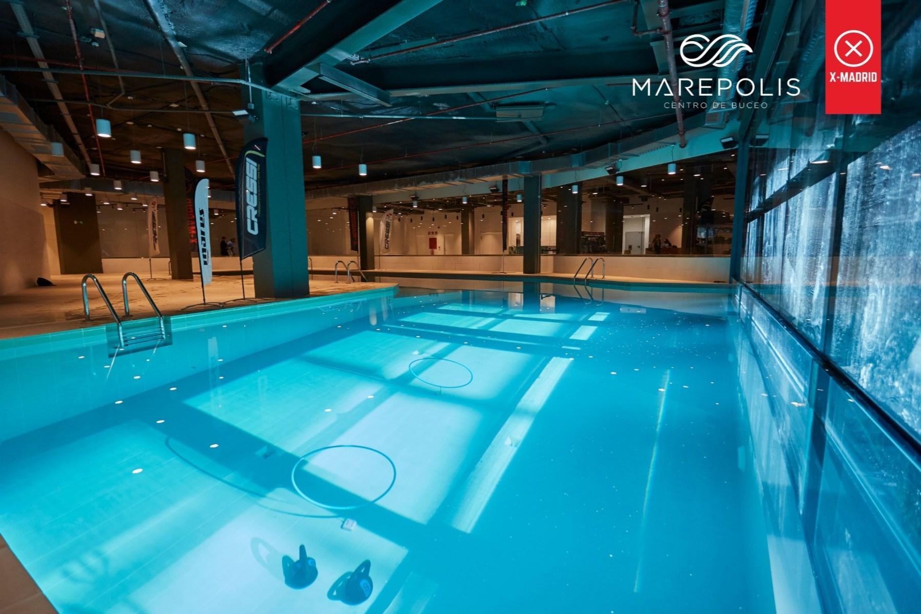 Marepolis cuenta con 2 piscinas multinivel, una de ellas única en España, con 20 metros de profundidad