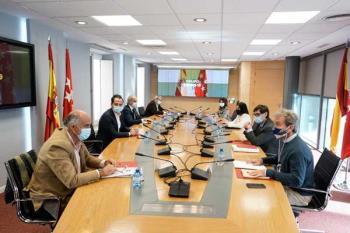 La Comunidad de Madrid y el Gobierno central se reúnen para analizar la evolución de la pandemia en la región