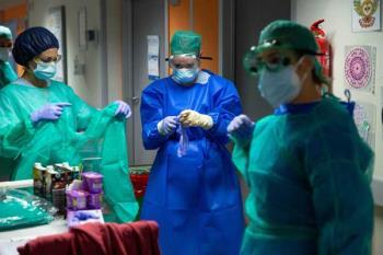 El centro hospitalario conmemora el Día Mundial de la Enfermería con un emotivo vídeo