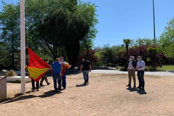 El izado de la bandera del Parque Colón ya está reparado