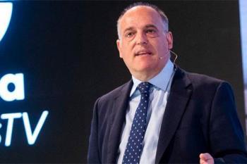 El actual presidente de LaLiga ha declarado ser el único responsable de que el Fuenla viajase a A Coruña