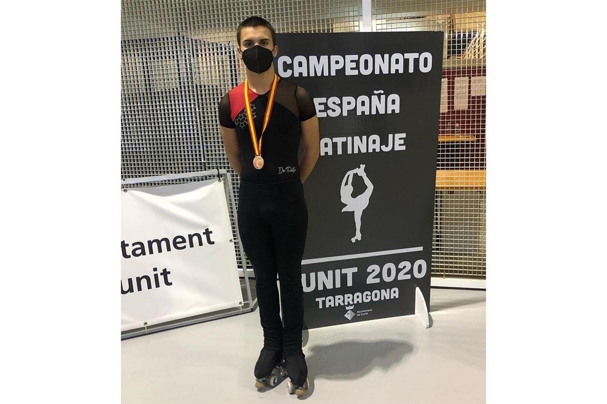 El alcalaíno logró la medalla de bronce en la categoría Junior masculino