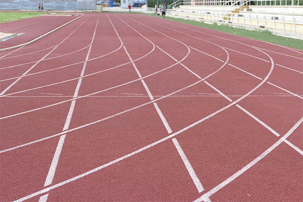 Tras el cierre obligado por el estado de alarma, el polideportivo vuelve a abrir con medidas reforzadas frente al coronavirus
