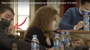Los populares denuncian que Alberto Blázquez se dedicó a estar con los cascos