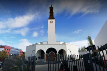 Instalarán una mesa de recogida de alimentos en la entrada de la Parroquia Nuestra Señora de la Moraleja