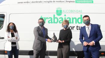 Asegura el partido que en el último Consejo de la empresa se aprobó la solicitud de una línea de crédito de 1.700.000€ para hacer frente al pago de los proveedores y las nóminas de los trabajadores
