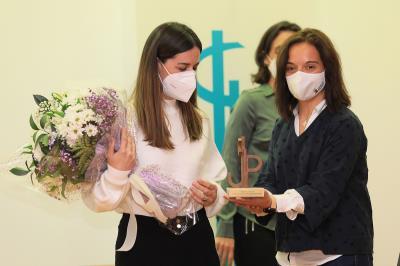 Lee toda la noticia 'El Premio Internacional de Poesía Margarita Hierro recae en las manos de Teresa Soto'