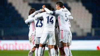 El conjunto blanco se sobrepuso al Atalanta con un golazo de Mendy a cuatro minutos de cumplir el tiempo reglamentario